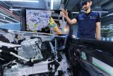BMW-Augmented-Reality-used-for-prototypes-6